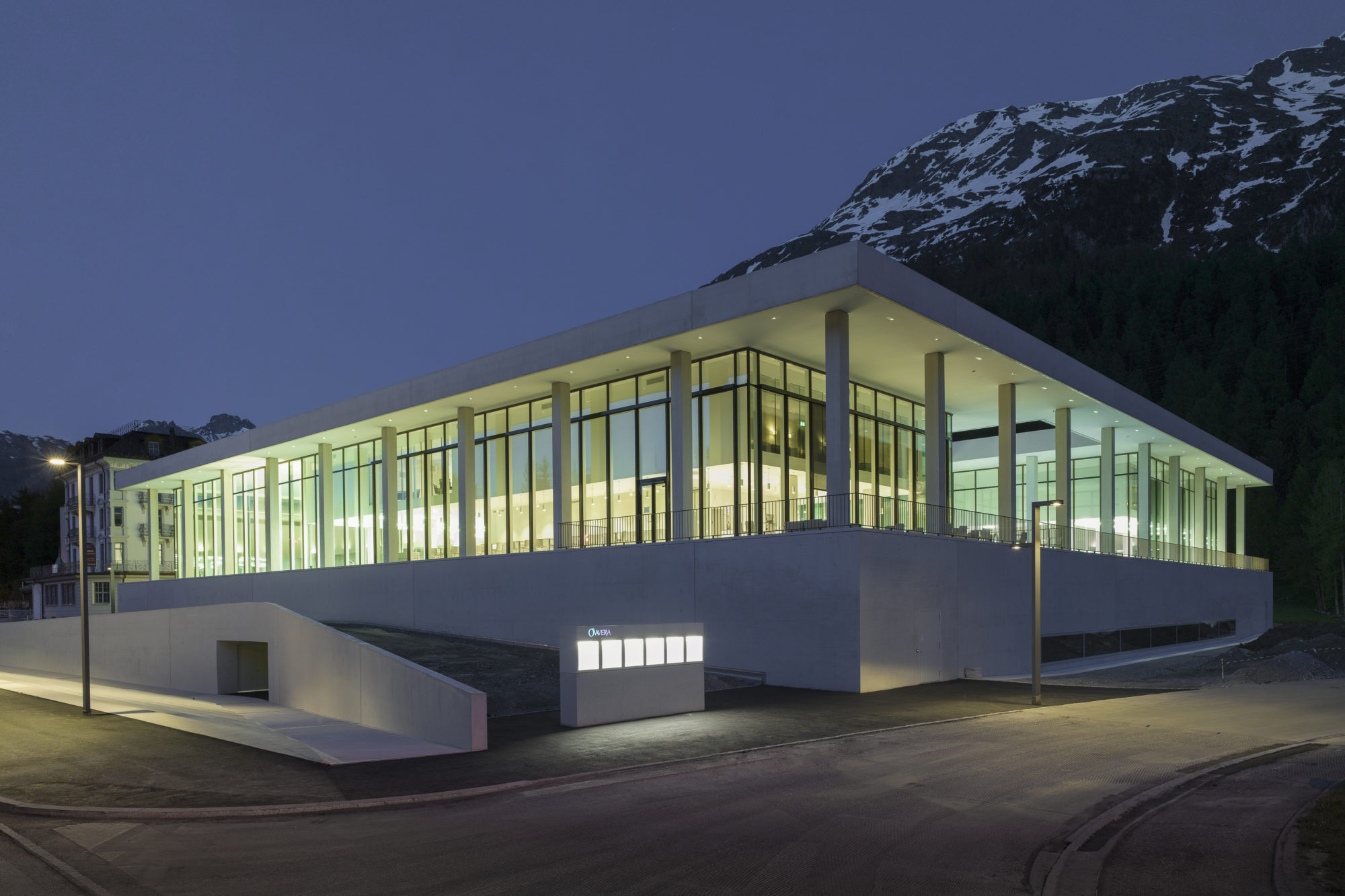 OVAVERVA_Pool_Spa_Sports_Center_StMoritz
