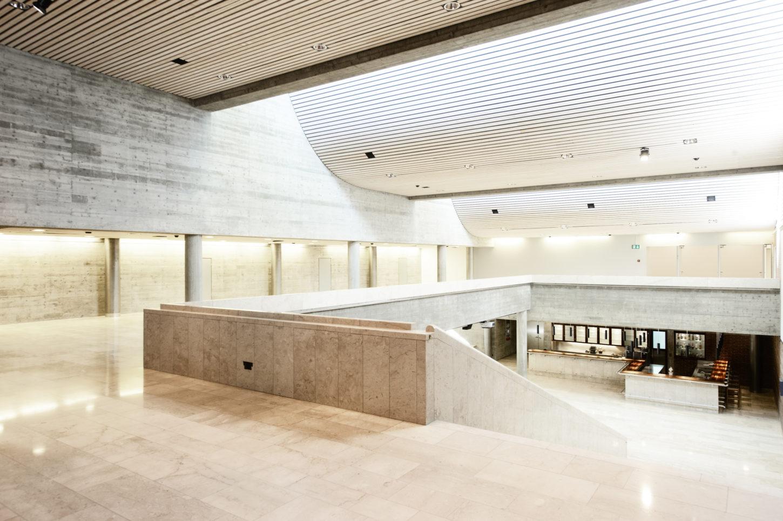 Kongresszentrum_Haus A_Foyer_Architektur_Davos_02